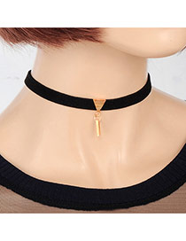 Elegant Black Vertical Bar&triangle Decorated Pure Color Chocker