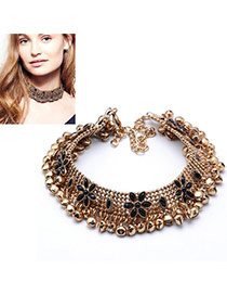 Temperament Gold Color Flower Shape Decorated Simple Short Chain Necklace
