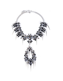 Fashion Black Geometric Shape Diamond Decorated Bullet Short Chain Necklace