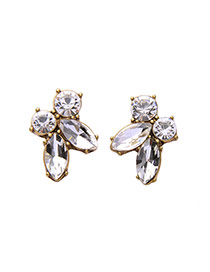 Elegant White Watershape Diamond Decorated Simple Earrings