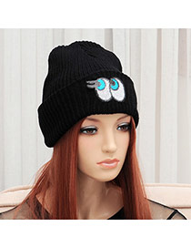 Elegant Black Eye Shape Pattern Decorated Pure Color Cap