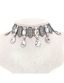 Vintage Silver Color Oval Shape Diamond Decorated Simple Short Chain Choker