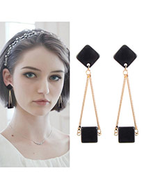 Elegant Gold Color Square Shape Pendant Decorated Tassel Earing