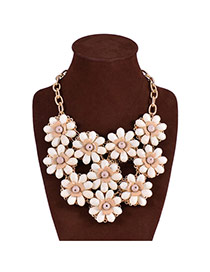Exaggerated White Flower Decorated Color Matching Design Short Necklace
