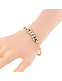 Luxury Gold Color Square Diamond Decorated Simple Opening Bracelet