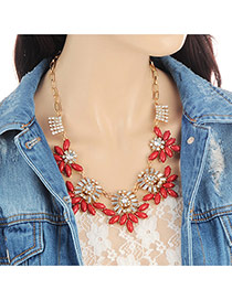 Fashion Red Oval Shape Diamond Decorated Flower Design Simple Necklace