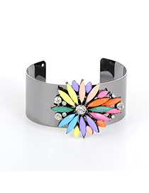 Fashion Multi-color Oval Shape Diamond Decorated Flower Shape Bracelet