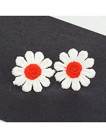Cute Red Earrings In Shape Of Beutiful Flor Daisy