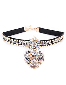 Fashion White Water Drop Shape Diamond Decorated Flower Shape Choker