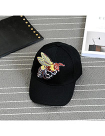 Fashion Black Embroidery Bee Pattern Decorated Pure Color Baseball Cap