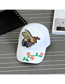 Fashion White Embroidery Bee Pattern Decorated Pure Color Baseball Cap