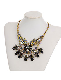 Fashion Black Water Drop Shape Diamond Decorated Leaf Shape Necklace
