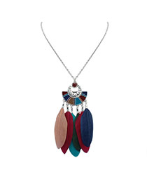 Fashion Multi-color Feather Pendant Decorated Semicircle Shape Simple Necklace