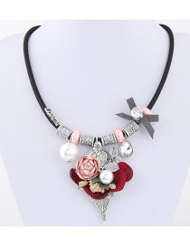 Elegant Pink Flower≤af Decorated Simple Short Chain Necklace