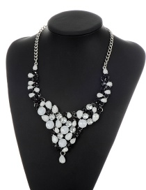 Elegant White+black Round &oval Shape Diamond Decorated Simple Short Chain