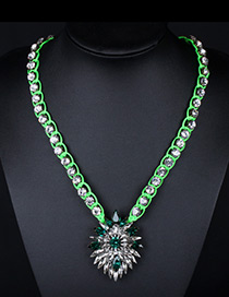 Trendy Green Oval Shape Decorated Simple Short Chain Necklace