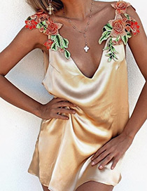Fashion Gold Color Embroidery Flower Decorated V Neckline Simple Dress
