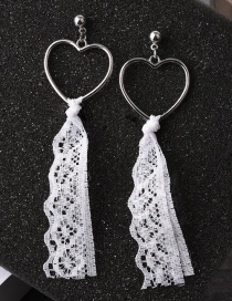 Lovely White Lace &heart Shape Decorated Earrings
