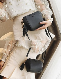 Fashion Black Tassel Decorated Pure Color Shoudler Bag