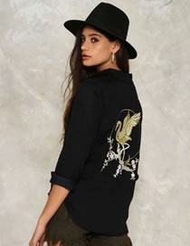 Fashion Black Embroidery Bird Decorated Pure Color Shirt