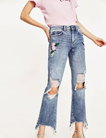 Fashion Blue Embroidery Flower Decorated Simple Ripped Jeans Pant