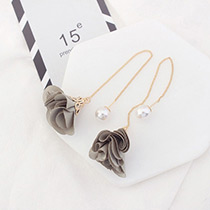 Elegant Beige Flower Shape Decorated Simple Long Chain Earrings